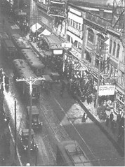 Christmas Shoppers on Yonge Street 1922 (Toronto Cemetery Walker) Tags: 1922 yongestreet christmas