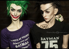 Waiting for Batman (vampyre_angel13) Tags: batman batmanday dccomics joker john crow jonathancrow ringdoll bjd dollshe dollmore hybrid k norman dark