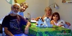 At home in Seville (Angela Curado) Tags: angelacurado home seville animals jmanuellaura manel yuri mascotas dog perro peluches reunin family