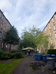 Derby street Glasgow (4) (dddoc1965) Tags: dddoc davidcameronpaisleyphotographer september 23rd 2016 kenny ried glasgow buildings parks shop fronts fountain polish people churches mosque water