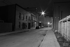 Place Larivire 5 (Denis Hbert) Tags: denishbert anthropogeo faubourgmlasse centresud montreal montral qubec quebec canada monochrome montrealnight montrealcentresudnight montrealfaubourgmlassenight ngc newtopographer newtopographics newtopographic noiretblanc nuitcentresud nuitfaubourgmlasse nuitmontreal nuit night bw blackandwhite blackwhite black ville city extrieur november novembre automne fall shadowy shadows shadow 2015 darkandlight dark sombre ombrage ombre urban urbaine urbain rue tranquilit trottoir calme street sidewalk quiet
