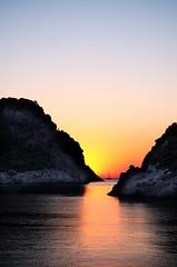 Good Morning Trkiye (C-Dals) Tags: sunrise turkey nikon nikkor goldenhour 1855mmf3556gvr d5100 trip2012 karalozbay