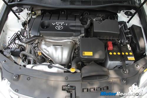 2012-Toyota-Camry-36
