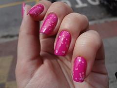 Violetta + Snow 01 (Vivi Kermeci) Tags: snow glitter magenta rosa indie unhas violetta bbf esmalte tiane outubrorosa dnaitaly