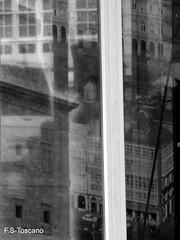 A Corua, deconstruida. A Corua, deconstructed. (Esetoscano) Tags: bw espaa abstract reflection spain corua experimental bn galicia galiza transparency reflejo abstracto deconstruction transparencia a deconstruccin
