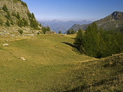 004 - leaving it (TFRARUG) Tags: mountain lake alps cross hike aosta ibex avic dondena