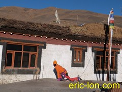 Eric Lon yoga at Demul (33) (Eric Lon) Tags: india cold yoga energy dynamic tibet heat practice souffle himalaya breathe froid warming spiti breathing inde tibetain himalayen chaleur activate respiration ericlon rechauffer demul acriver