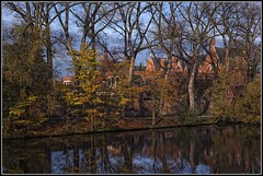Autumn Bruges (Colpics for my latest images go to Ipernity) Tags: autumn belgium westflanders minnewater medievalcity canoneos5dmkii canonef2485mmusmlens
