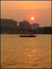 Sunset on he Chao Praya...  Bangkok.. (larryoien) Tags: lx5 earthasia totallythailand