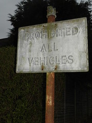 prohibited sign (satguru) Tags: sign pre berkshire sunninghill worboys