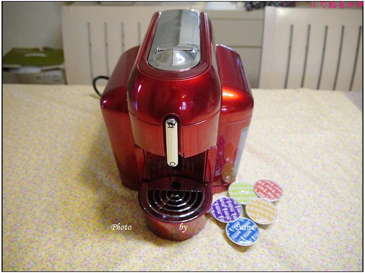 BIALETTI MINI-X1義大利膠囊咖啡機 (1).JPG
