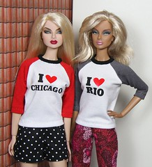 two city fans (Frau_E.2015) Tags: fraue fashiondollapparel printed ilove dollfashion blond integritytoys eugeniafrost daniazarr baseballshirt custommade