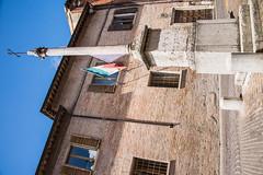 Urbino - Church of Santo Spirito & Roman Column Via Donato Bramante (Le Monde1) Tags: urbino italy unesco worldheritagesite lemonde1 nikon d610 city ducalpalace raffaellosanzio federicodamontefeltro 2nddukeofurbino giovannipascoli church santospirito viadonatobramante column roman