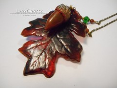 Acorn & Resin Leaf (LynzCraftz) Tags: polymerclay resin swellegant steampunk handmade oneofakind jewelry necklace pendant