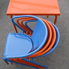 ein Tisch und vier Sthle (Werner Schnell Images (2.stream)) Tags: ws tisch stuhl sthle chair chairs wien