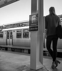 Street walk session 6-27-2016 pic1 (Artemortifica) Tags: belmont brownline cta chicago clarkandlake sonya6300 street blueline buses candid city downtown passengers people trains il