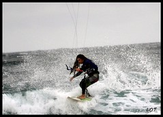 Salinas 11-10-2012 (30) (LOT_) Tags: kite beach water canon fly photo nikon surf wake waves wind lot wave viento spot kiteboarding monitor salinas fotografia vela kitesurf olas freeride navegar tarifa gisela trucos cometa iko charca cabrinha arbeyal pulido tve1 surfkite airush quebrantos asturkiter