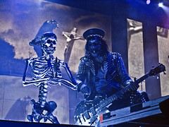 Piggy D. of Rob Zombie (mrbrianmorgan) Tags: john piggy photography illinois concert d zombie 5 live brian rob rosemont arena masks skeletons morgan pyro allstate mrbrianmorgan