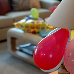 a happy day.. (@petra) Tags: home colors balloons nikon celebration presents gui 1stbirthday pp