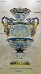 Monumental Vase - Royal Ontario Museum (Al_HikesAZ) Tags: family blue vacation toronto ontario canada art museum display royal exhibit vase elegant rotunda rom porcelain royalontariomuseum monumental svres christofle alhikesaz elegancebeauty monumentalvase