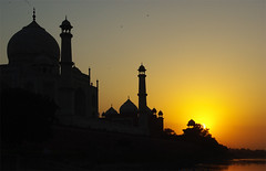 taj mahal. sunset