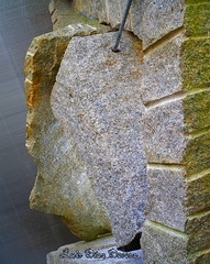 Santiago de Compostela (Luis Diaz Devesa) Tags: espaa spain europa cara galicia galiza santiagodecompostela estatua roca acorua lacorua granito luisdiazdevesa