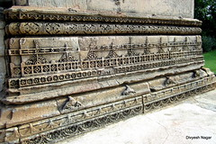 Adalaj step well, Ahmedabad (Divyesh Nagar) Tags: world life old people sculpture india color colour art heritage love monument architecture composition temple nikon vishnu god islam memories steps culture symmetry balance shiva hindu archeology gujarat ahmedabad indianart suntemple stepwell ramkund modhera waterstorage undergroundwater lordvishnu modherasuntemple divyeshnagar ranikivaav