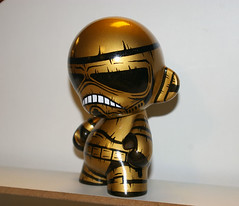 "Storm ""Gold"" Trooper (OSKUNK!) Tags: diy starwars stormtrooper munny"