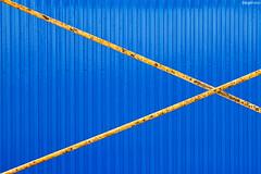 x (ángel mateo) Tags: ángelmartínmateo azul amarillo textura andamio puerta líneas rayas yellow blue stripes texture scaffold door lines ángelmateo 23ccfbt cabodegata níjar almería andalucía españa parquenaturalcabodegataníjar
