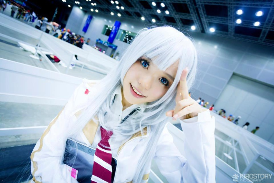 Chitose Shirasawa Cosplay