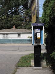 Foodland's Pay Phone (Drew Makepeace) Tags: telephone payphone foodland