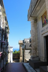 Crypts (dtroyka) Tags: monterosso