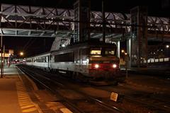 BB-22347 et le train de nuit pour BSM (Maxime Espinoza) Tags: bb 22347 sncf corail lunea chambery train de nuit pose longue nocturne