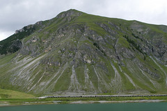 Livigno, Italy (igorigor88) Tags: mountains alpi alps mountain montagna green verde nature natura lago lake livigno valtellina north italy italia nord sondrio estate summer acqua water cielo sky clouds nuvole roccia rock landscape paesaggio travel trip vacation holiday vacanza viaggio nikon d3300 strada road grigio grey