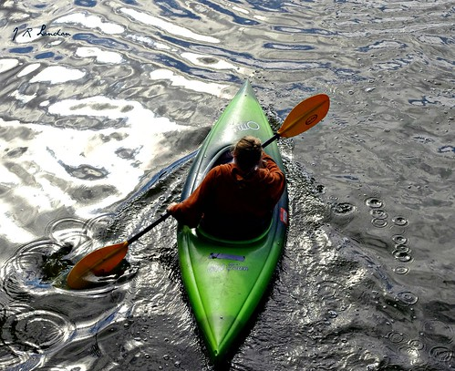 Kayak in chrome.