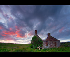 Derelict Cottage (Kit Downey) Tags: sunset sky building clouds landscape photography scotland exposure sheep fife empty cottage scottish east explore single kit derelict abandonned downey crail neuk explored tokina1116mmf28 canoneos550d rebelt2i