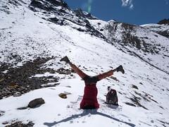 L69,  Lossar yoga and trek, Spiti 2012 (Eric Lon) Tags: houses india snow mountains ice yoga trekking trek french village pics maisons glacier neige peaks himalaya spiti association glace francais inde montagnes lossar ericlon yogatrekking