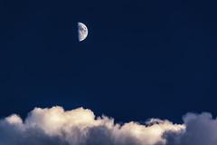 Half moon (Theophilos) Tags: sky moon clouds crete half rethymno κρήτη σύννεφα ρέθυμνο ουρανόσ μισοφέγγαρο