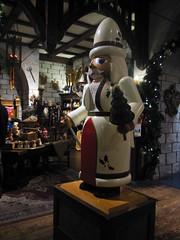 Nutcracker (pianoforte) Tags: christmas store yankeecandle southdeerfield southdeerfieldma massachusettsflagship