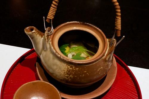 椀物 松茸の土瓶蒸し 甘鯛 海老 酢橘 三つ葉