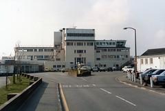 Jersey Airport - 3 April 1986 (John Oram) Tags: jer jersey egjj jerseyairport 860613