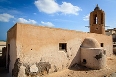 Old Dhakira mosque (Omar Chatriwala) Tags: travel television tv track telly fast bbc program direct qatar programme gimejul1013