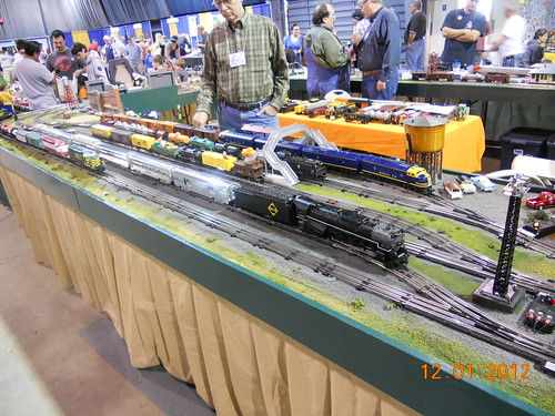 Loinel model train layout or O-scale at Oklahoma City model train show 36th annual