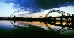 Runcorn bridge (DSLR Lee) Tags: runcornbridge uploaded:by=flickrmobile flickriosapp:filter=toucan toucanfilter