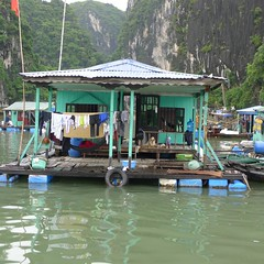 Floating house, Ha Long Bay, Vietnam (vtpoly) Tags: travel house bay boat long vietnamese village floating vietnam ha halongbay galaxycruise polywoda