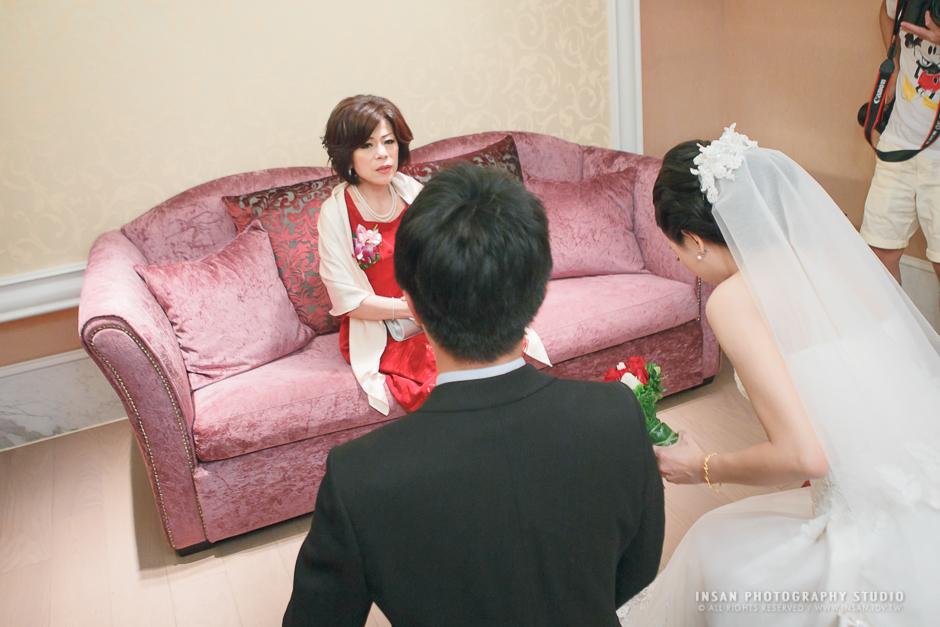 wed20121109_0679