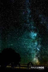 Beso.jpg (RAULLINDE) Tags: vialactea raullindefotografia nocturna estrellas flick publicada web viaje