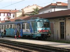 La Spezia (Italy), Central Station (photobeppus) Tags: laspezia trains railways station trenitalia ale 642 le 682 public transport vehicles