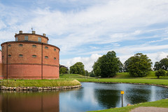 Castle (Infomastern) Tags: landskrona architecture arkitektur building byggnad castle citadel citadell fortress slott exif:model=canoneos760d geocountry camera:make=canon exif:isospeed=100 camera:model=canoneos760d exif:focallength=18mm geostate geolocation exif:lens=efs18200mmf3556is geocity exif:aperture=80 exif:make=canon