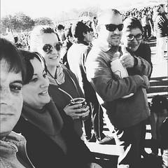 Escuchando a Pintura fina. (Lorenzo Mendoza2) Tags: instagramapp square squareformat iphoneography uploaded:by=instagram moon